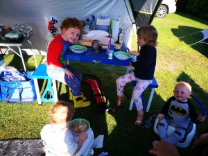camping with kids breakfast time not just a tit