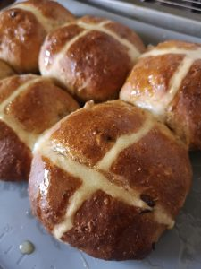 easter crafting and baking blog post hot cross buns
